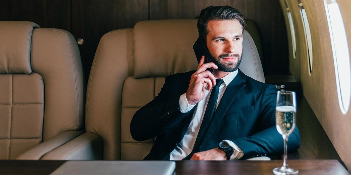 Photo: Avoid Headline Stocks – Boring Businesses Will Make You a Millionaire