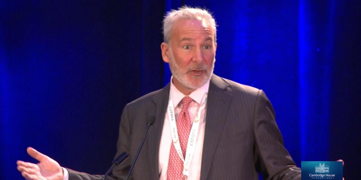 Photo: Why the Air Is About to Come Out of America's Bubble Economy - Peter Schiff