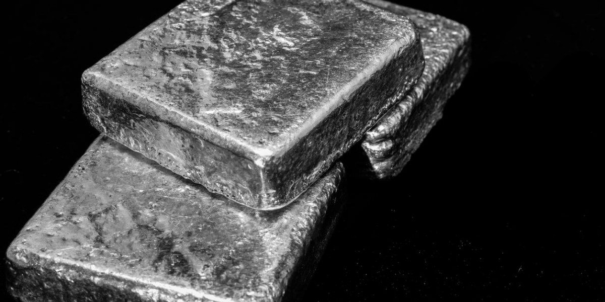 Photo: Silver Consolidates Gains Near $17usd/oz As Primary Supply Evaporates